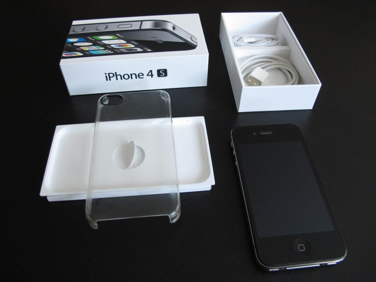 iPhone 4S 8GB (1/1)