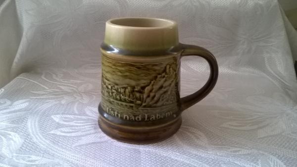 porcelánová nádoba