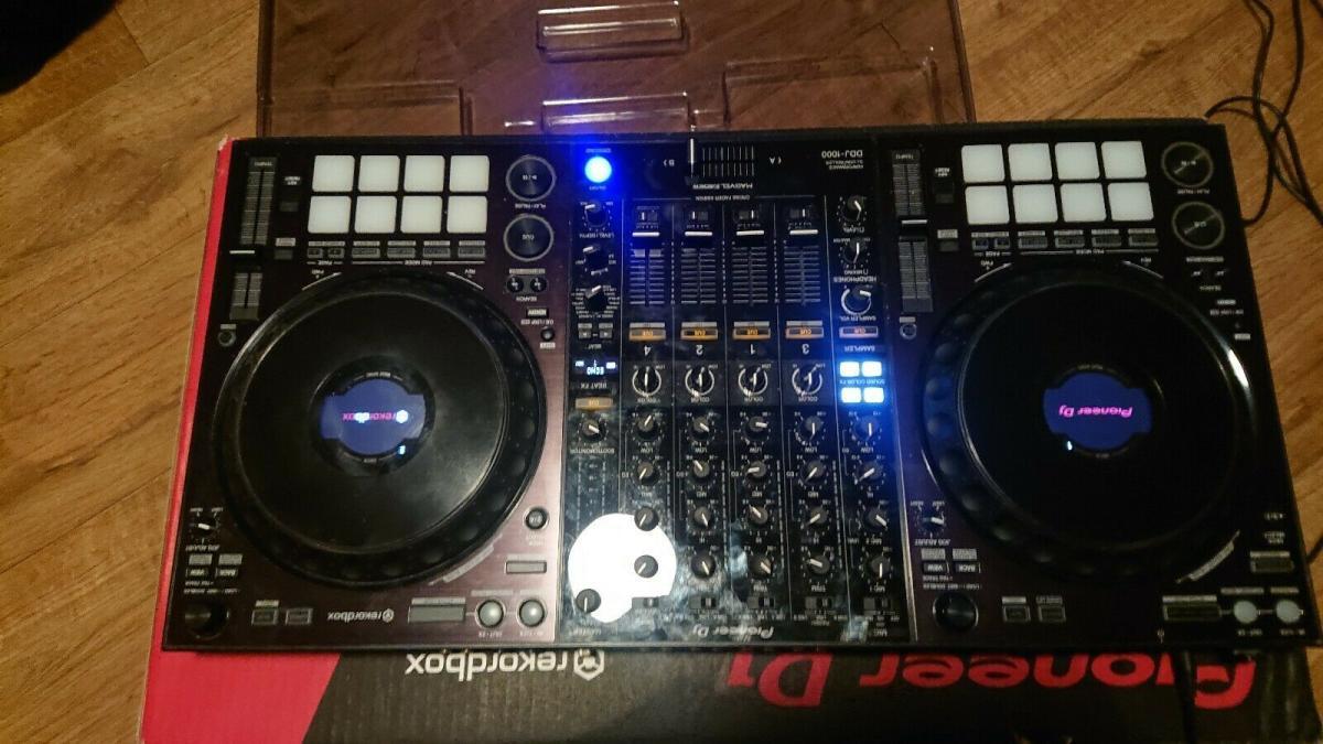 Na prodej nový řadič Pioneer DJ DDJ-1000 (1/1)