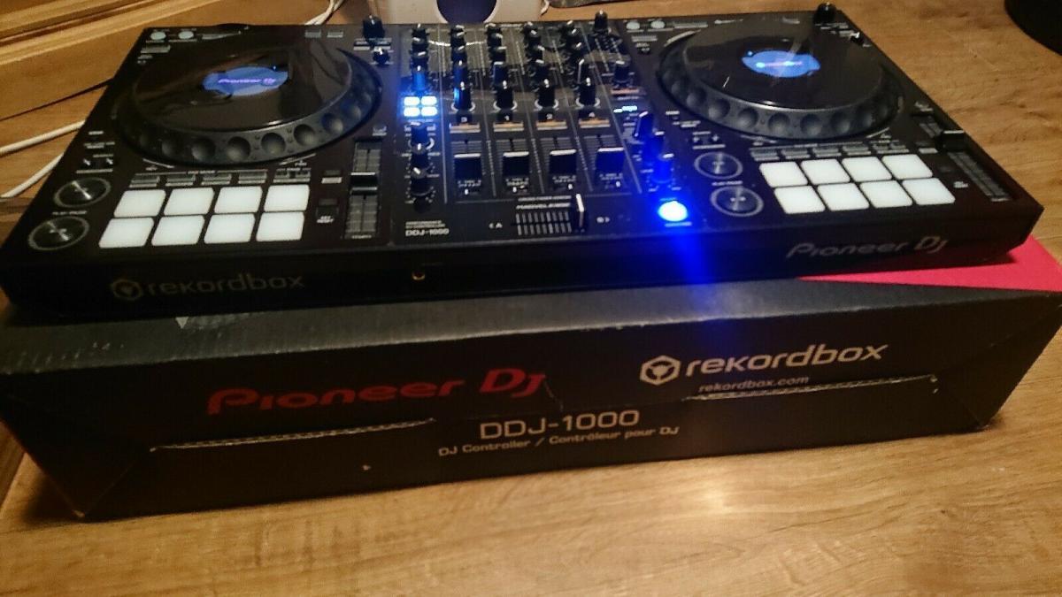 Na sprzedaż nowy kontroler Pioneer DJ DDJ-1000 (1/2)